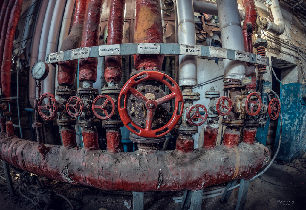 The red safety valve